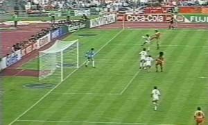 Il gol del 2-0 nella finale con l'URSS