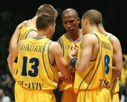 2005: Il quintetto di partenza del Maccabi Tel Aviv nella vittoriosa finale di Eurolega