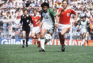 Djamel Zidane en el partido contra Austria (España 1982)