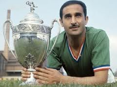 Mekhloufi con la maglia del Saint Etienne