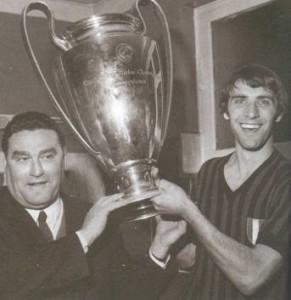 Nereo Rocco e Pierino Prati con la Coppa Campioni 1969