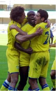 21 ottobre 2001: Il Chievo batte 1-0 il Parma e vola in testa alla classifica