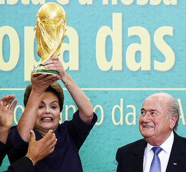 #Vaitercopa e dopo #vaiterurna. Dilma, la coppa e le elezioni