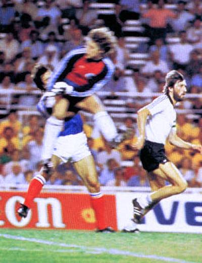 """8 luglio 1982: La """"prodezza"""" di Toni Schumacher"""