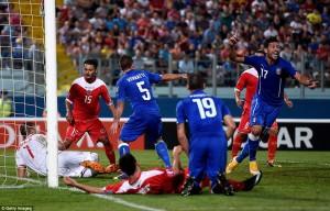 Pellé segna in mischia il gol vincente al Ta' Qali