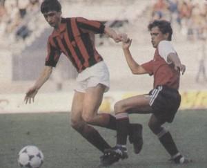 Cruijff, 45' in rossonero contro il Feyenoord (www.magliarossonera.it)