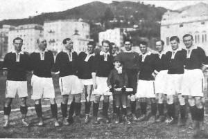 Lo Sparta Praga che vince 8-0 in casa del Genoa nel 1920. Janda quel giorno realizza tre reti [www.genoadomani.it]