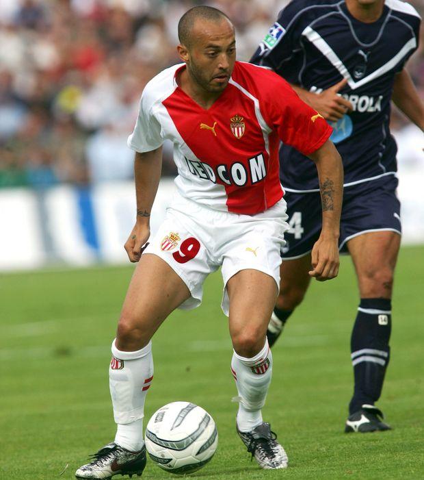 Chevanton in maglia Monaco