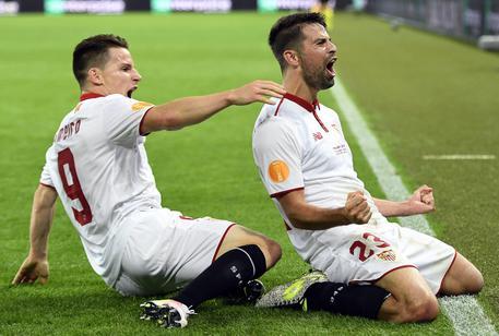 Coke e Gameiro dopo l'1-3 al Liverpool